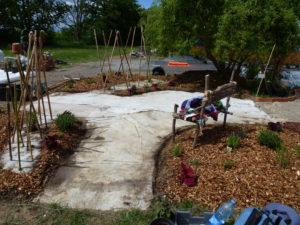 Vue d'ensemble du jardin après la mise en place du bidime